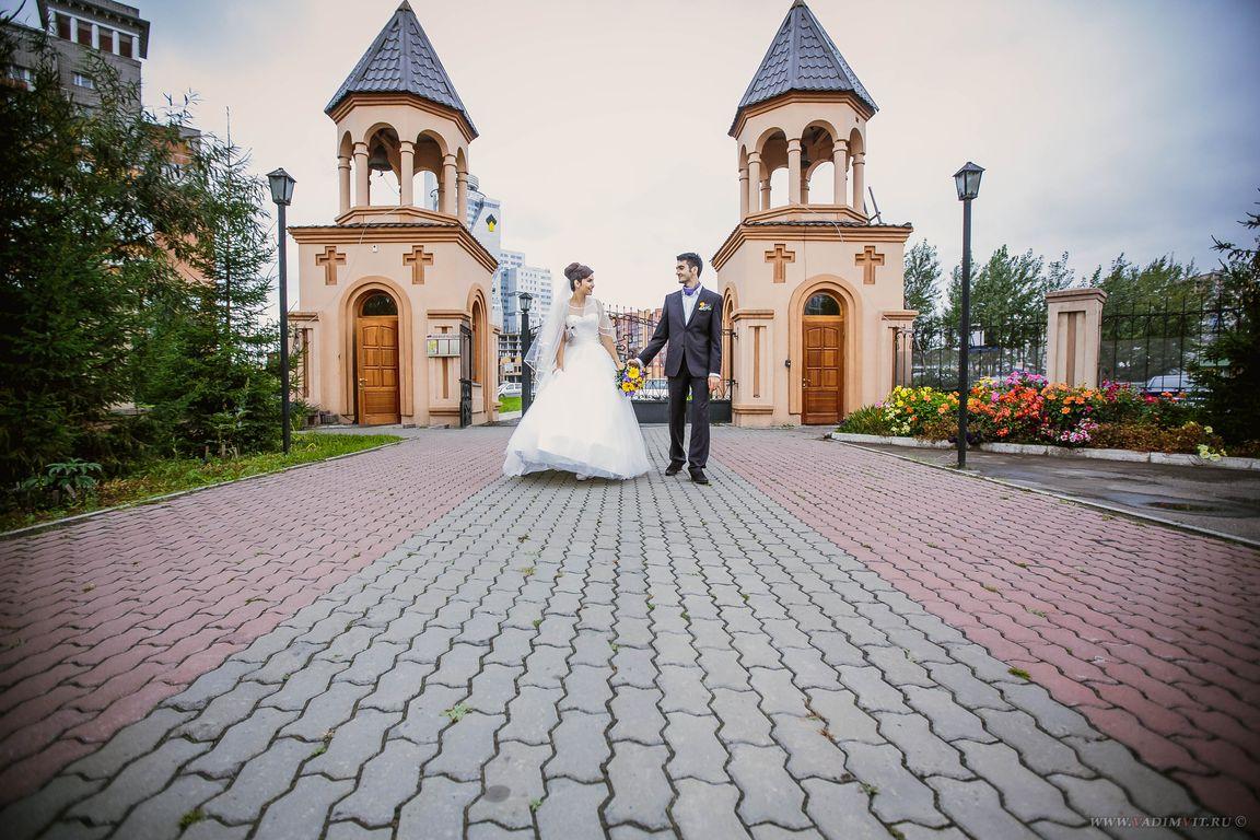 Храмы Красноярска. Красивые места для фотосессии. Церковь Святого Саркиса