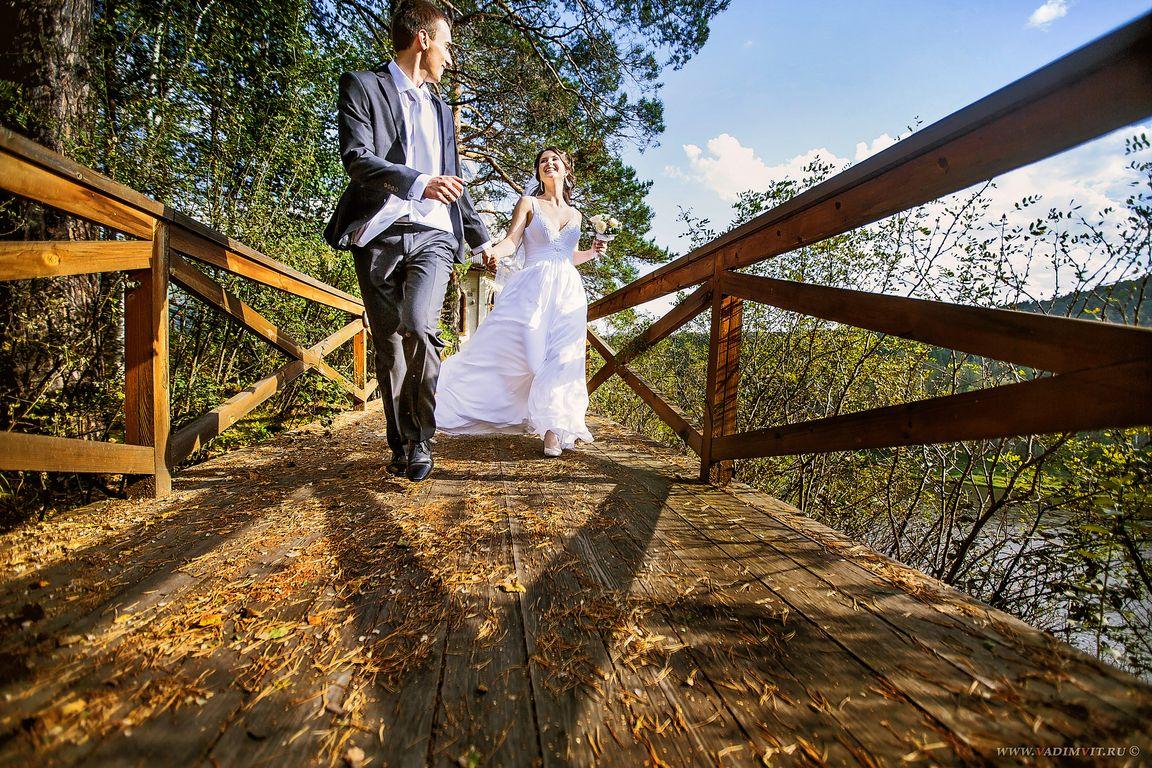 Свадебная фотосессия в санатории на Манском плесе. Свадебный фотограф Вадим Витчинкин